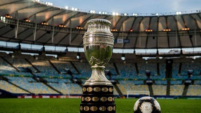 Hitam dan Emas jadi Warna Dominan Bola di Partai Final Copa America 2019