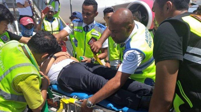 Pilot Batik Air Diduga Pingsan dalam Pesawat, Tim Medis Langsung Evakuasi saat Mendarat di Kupang