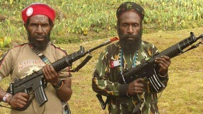 Pimpinan KKB Papua Goliath Tabuni (kiri) dan Lekagak Telenggeng (kanan)