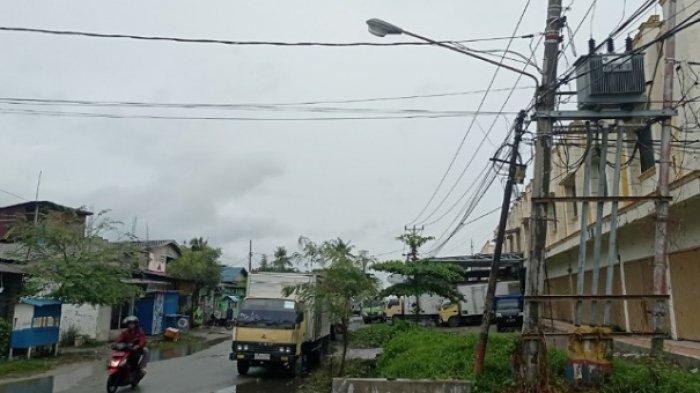 3 Lampu Penerangan di Jl Raja Moili Palu Rusak, Warga: Jalan Itu Gelap Sejak Tahun 2020