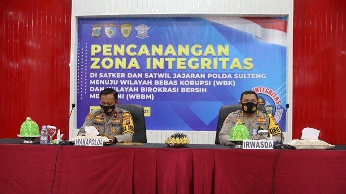 Tiga Satker dan delapan Satwil Polda Sulteng melaksanakan pencanangan Zona Integritas Wilayah Bebas Korupsi (WBK) dan Wilayah Birokrasi Bersih Melayani (WBBM) di ruang Torabelo Polda Sulteng (23/2/2021).
