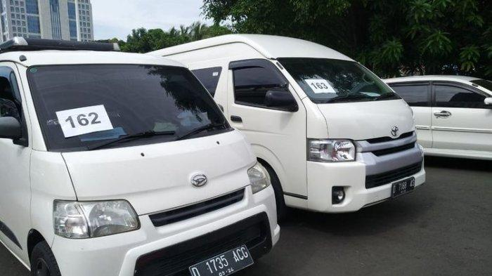 ILUSTRASI: Polisi mengamankan kendaraan travel gelap yang mengangkut pemudik selama 18 hari Operasi Ketupat 2020