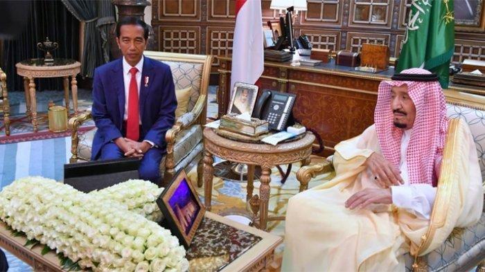 Presiden Jokowi Ucapkan Selamat Idul Adha ke Raja Salman Melalui Sambungan Telepon
