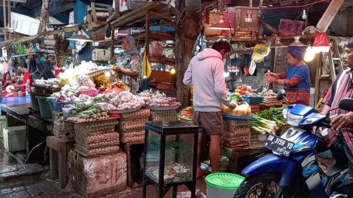 Warga di Pasar Masomba Palu Tidak Pakai Masker dan Jaga Jarak