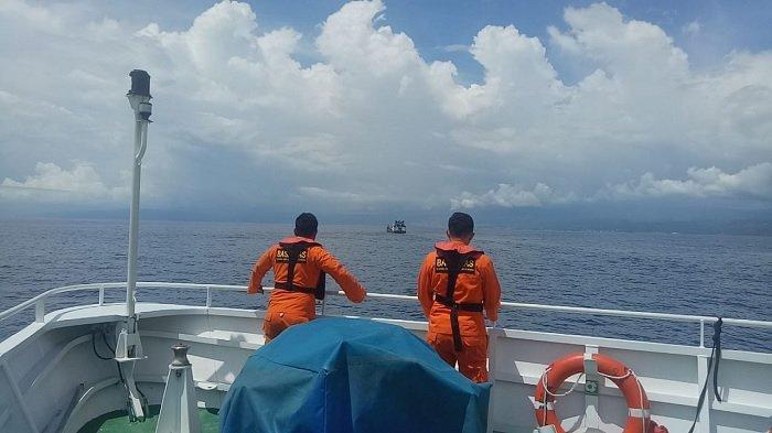 Baling-baling Kapal Bermuatan Alat Berat Rusak di Perairan Banggai saat menuju Pelabuhan Luwuk