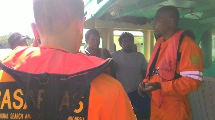 33 Penumpang Kapal KM Citra Bahari 3 yang Terapung di Perairan Banggai Dievakuasi Tim SAR