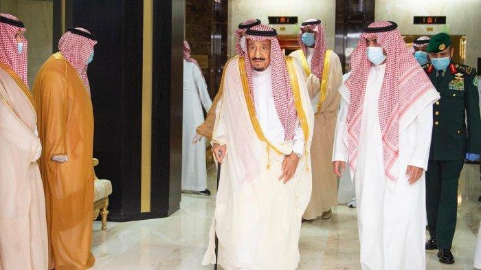 Raja Salman Hadiahkan 15 Ton Kurma Istimewa & 30.000 Al Quran untuk Umat Islam di Indonesia