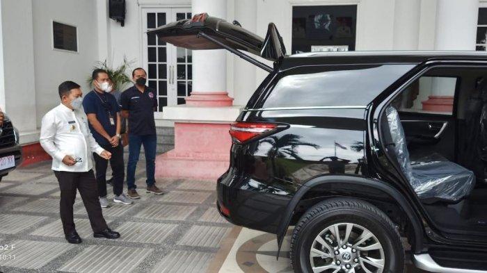 Pemkab Banggai Alokasikan Rp 1,3 Miliar untuk Kendaraan Dinas Bupati dan Wakilnya