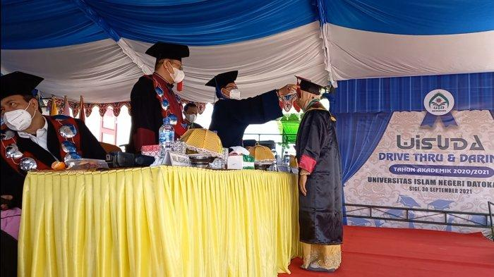 Cetak Wisudawan Angkatan Pertama Usai Alih Status, Ini Harapan Rektor UIN Datokarama