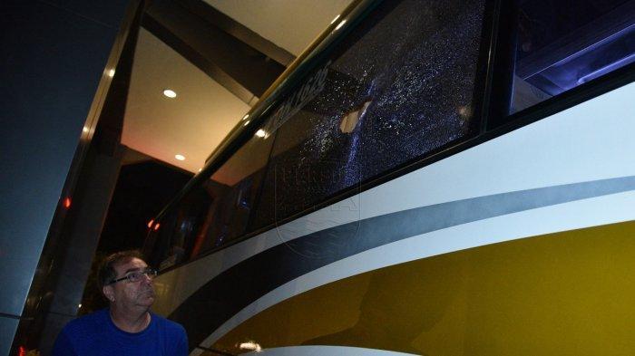 Bus Persib Bandung Dilempar Batu usai Lawan Tira Persikabo, Satu Pemain Dilarikan ke Rumah Sakit