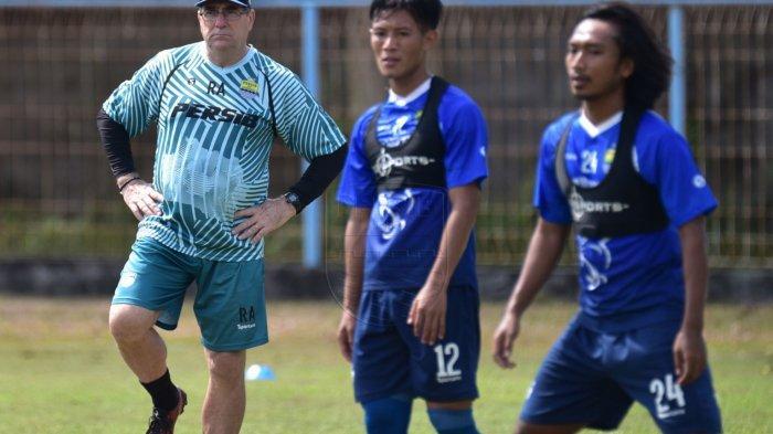 Gempa Besar di Malang Terasa hingga Sleman, Pemain Persib Bandung Berhamburan Menyelamatkan Diri