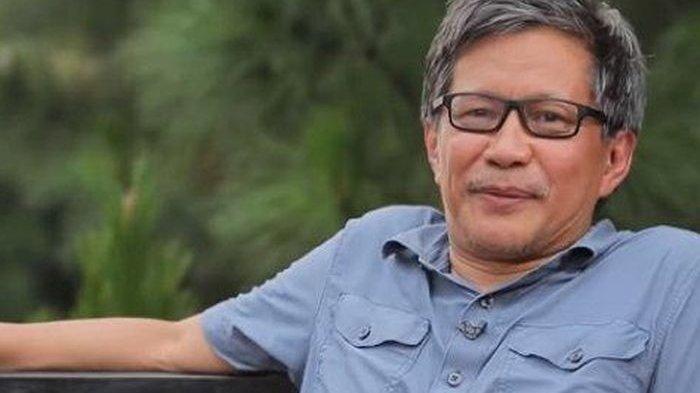 Ngabalin Minta Jangan Desak Jokowi Pecat Moeldoko, Rocky: Masuk Akal, Dia Bisa Kehilangan Amplop