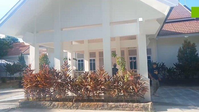 Kesaksian Satpol PP 5 Tahun Berjaga di Rujab Pasha Ungu: Sering Dimarah, Namanya Juga Kerja