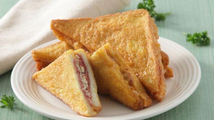 Sajian takjil Ramadhan Roti Goreng Kornet Keju