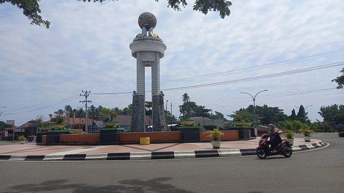 Jadi Ikon Kabupaten Morowali, Tugu KTM Mulai Rusak dan Kolammnya Dipenuhi Lumut