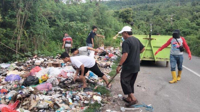 Sampah Berserakan di Kilongan Permai Banggai, Curhat Lurah: Kesadaran Warga Sangat Kurang