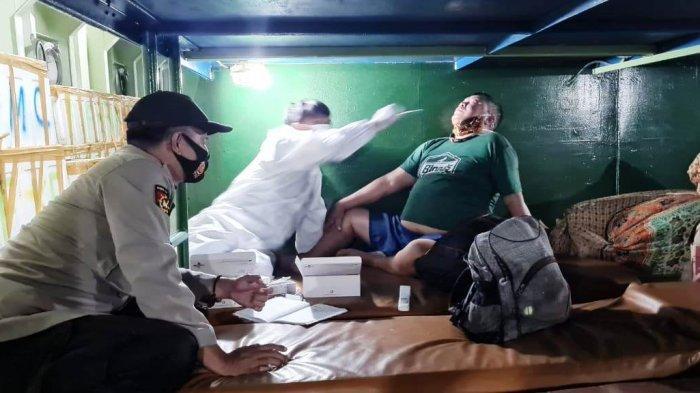 Penumpang dan Awak Kapal di Pelabuhan Luwuk Banggai Dites Swab Antigen