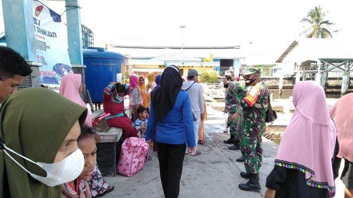 Antisipasi Penyebaran Covid-19, Satgas Periksa Setiap Penumpang di Pelabuhan Banggai Laut