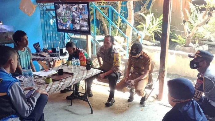 Mobil Peti Kemas Sebabkan Macet di Jl Tagari Lonjo Palu, Lurah Duyu Tegur Pemiliknya