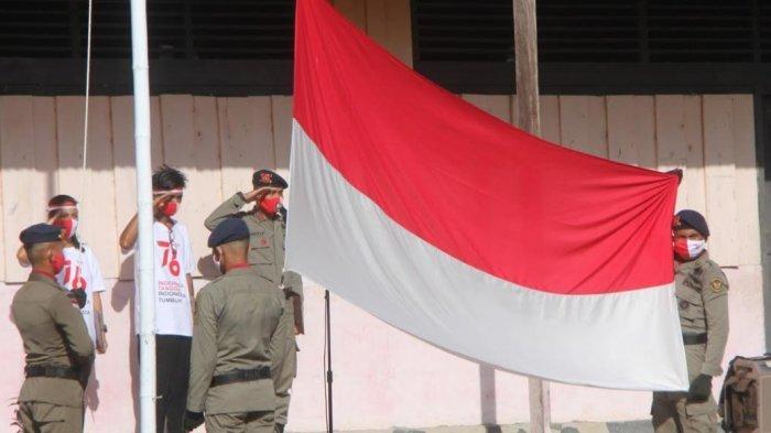 Satgas Madago Raya Upacara HUT Kemerdekaan di Jalur Penyisiran DPO Teroris Poso