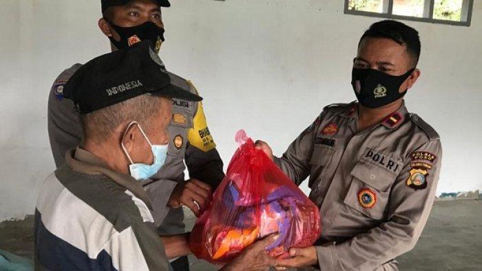 Satgas Preemtif dipimpin Kombes Pol Set Stepanus Lumawo melakukan pembinaan terhadap masyarakat di wilayah Operasi Madago Raya. Kegiatan itu dilakukan sekaligus pemberian bantuan paket sembako, kepada warga.