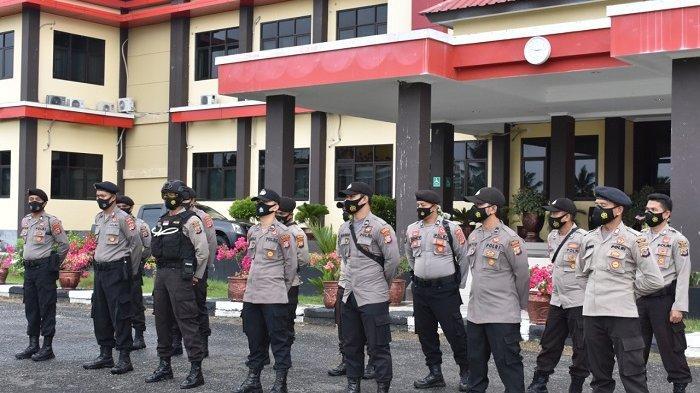 Satu Pleton Polres Banggai Bantu Pengamanan PSU Pilkada Morowali Utara