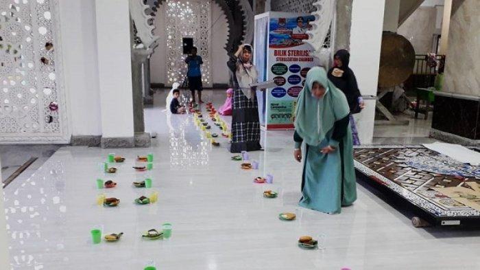 Masjid Agung Annur Luwuk Siapkan 100 Porsi Makanan Buka Puasa Selama Ramadan 2021