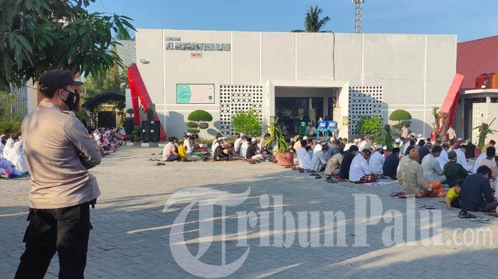 Gelar Salat Iduladha, Satgas K5 Pantau Pelaksanaan di Masjid Al-Munawwarah