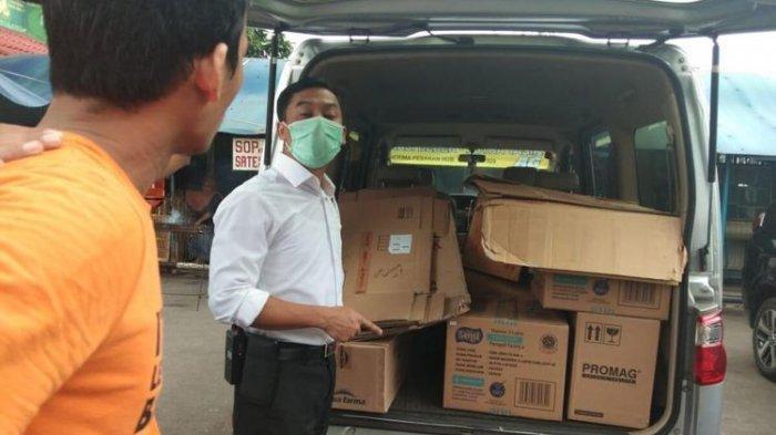 Pedagang di Pasar Pramuka Dicekal Polisi karena Dugaan Menimbun Masker