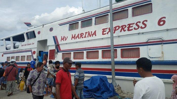 2 Jam Kapal Cepat Lintasi Selat Peling (1)