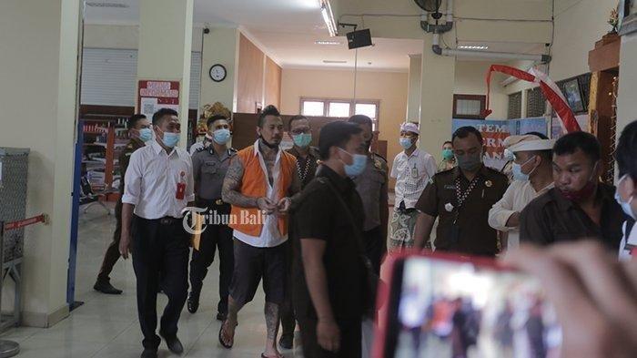 Jerinx Dipindah ke Lapas Kerobokan, Sempat Bacakan Cerita Fiksi Karyanya Berjudul 'Global Kaliyuga'