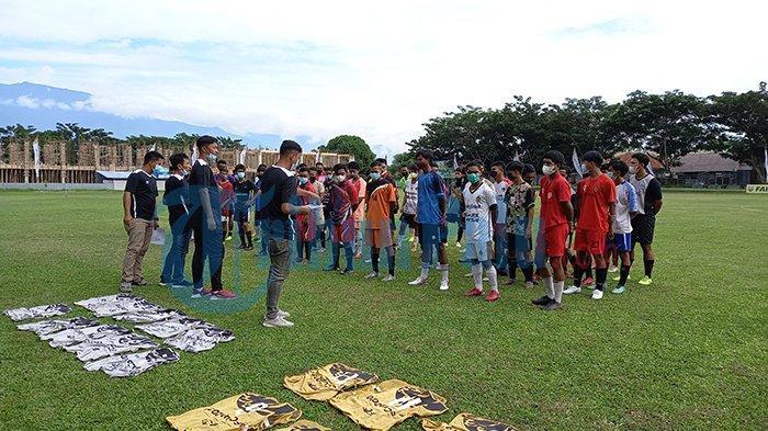84 Orang dari SSB di Sulteng Ikut Seleksi Calon Pemain Bola Akademi PSM Makassar Tahap Awal