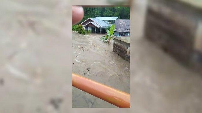 BREAKING NEWS: Sejumlah Wilayah di Kecamatan Pagimana Terendam Banjir