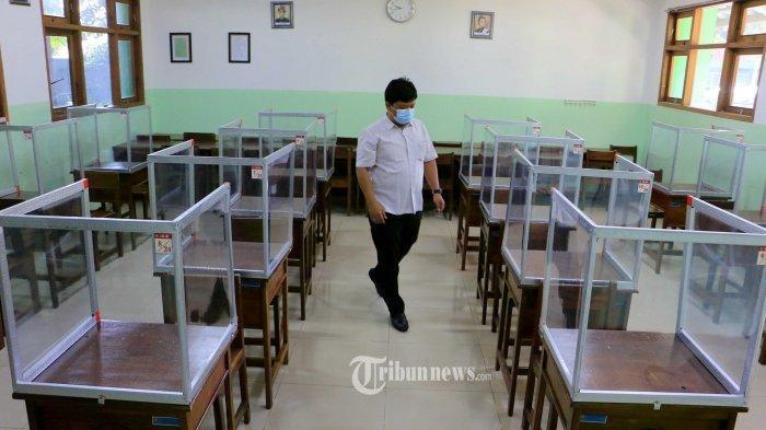 Pemerintah Wajibkan Sekolah Dibuka Usai Vaksinasi Guru Rampung, Ini Penjelasannya