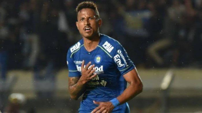 Penyerang Persib Bandung, Wander Luiz Positif Corona, Dukungan Mengalir dari Berbagai Pihak