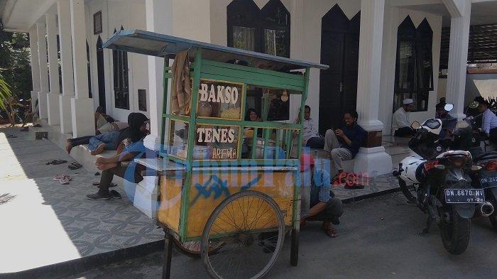 Suratno, Pedagang Bakso Keliling di Palu Selama 20 Tahun, Omzet Sehari Bisa Capai Rp 500 Ribu