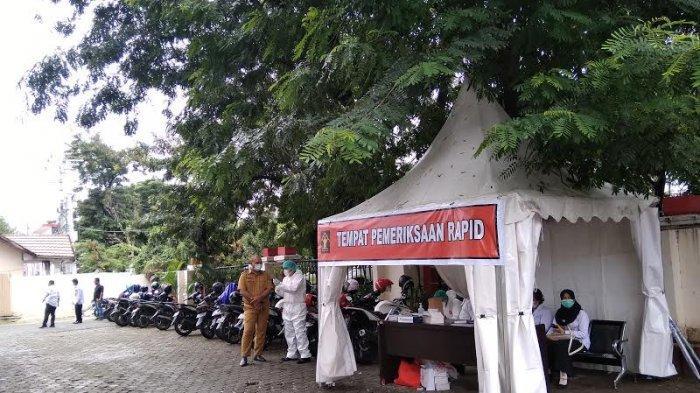 Menteri Yasonna Laoly Kunjungan ke Sulteng, Kantor Gubernur Dilengkapi Tenda Rapid Antigen