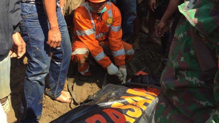 Satu Korban Terseret Arus Sungai di Desa Dampala Ditemukan di Tumpukan Kayu