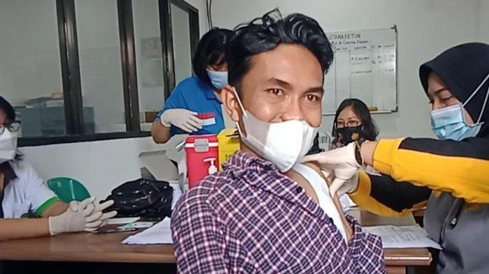 Gandeng Biddokes Polda Sulteng, Lions Club Palu Maleo dan Inti Gelar Vaksinasi Gratis di Tondo