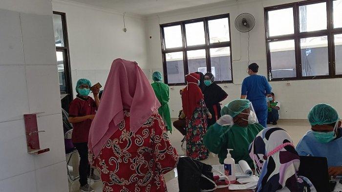 Ribuan Tenaga Kesehatan ikut Vaksinasi diRSUD Undata Palu