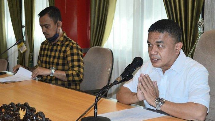 Wali Kota Palu Sahur dengan Teh dan Roti, Buka Puasa Doyan dengan Bakwan