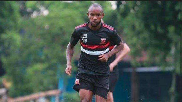 Zah Rahan Jadi Rekrutan Asing Pertama Madura United untuk Musim Depan