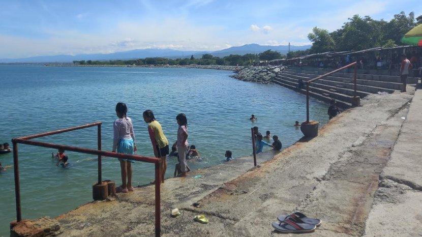 wisata-kampoeng-nelayan-palu-sepi.jpg