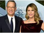 aktor-hollywood-tom-hanks-dan-istrinya-rita-wilson.jpg