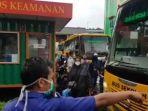 bus-sekolah-angkut-pasien-covid.jpg