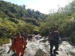 evakuasi-2-wna-jerman-yang-tersesat-di-gunung-lokon-manado.jpg