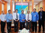 gubernur-provinsi-sulawesi-tengah-h-longki-djanggola-menerima-kunjungan.jpg