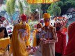 gubernur-sulawesi-tengah-longki-djanggola-memasuki-gedung-auditorium-museum-dan-disambut-adat-kaili.jpg