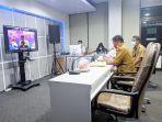 gubernur-sulawesi-tengah-rusdi-mastura-membuka-secara-resmi-webinar-otoritas-jasa-keuangan-ojk.jpg