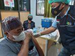 kampus-politeknik-kesehatan-palu-menggelar-vaksinasi-covid-19-gratis-setiap-hari-minggu.jpg